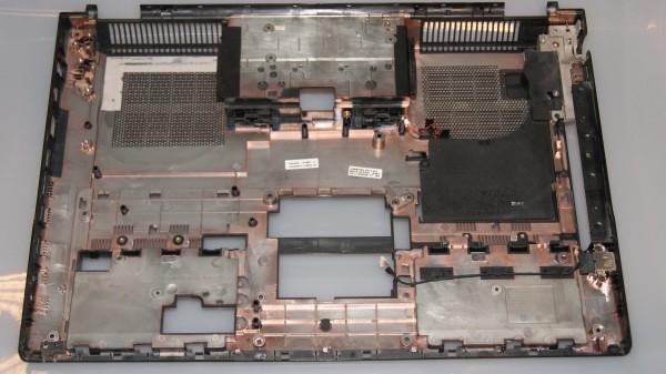 Samsung NP700G7A Unterschale BA75-03330A