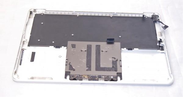 Apple MacBook Pro A1286 Palmrest mit Tastatur 069-8153-10